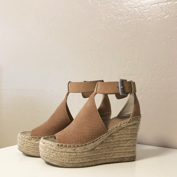 d054268ee53 Marc Fisher Annie Perforated Espadrille Wedge 5.5